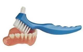 Самые дешевые зубные протезы