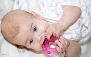 Симптомы зубов у грудничка в 3 месяца