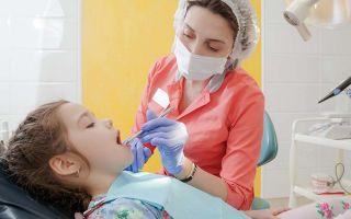 У ребенка шатается коренной зуб