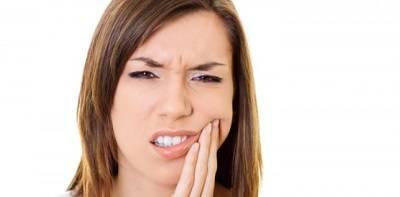 Полоскание зубов солью: с какими проблемами помогает справиться?