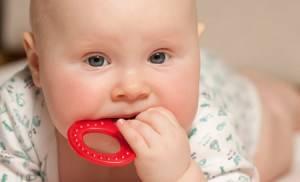 Прорезывание зубов температура комаровский