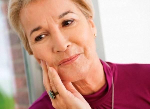 после имплантации болит соседний зуб при надавливании
