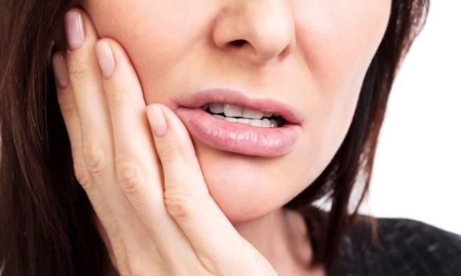 Возникновение боли после лечения зубов и анестезии
