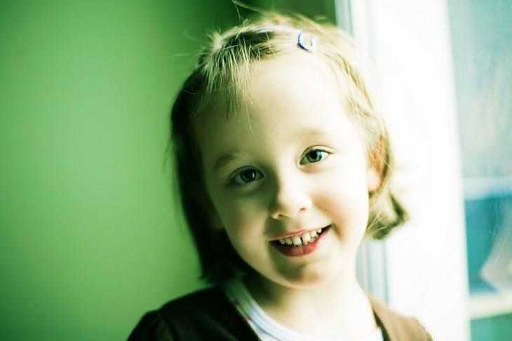 симптомы роста коренных зубов у детей