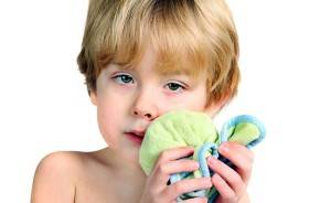 У ребенка откололся зуб передний постоянный