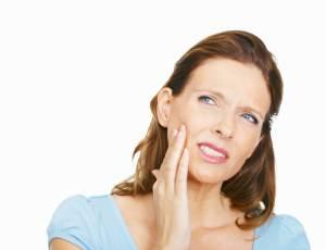 Болит зуб после пломбирования каналов. Что делать?
