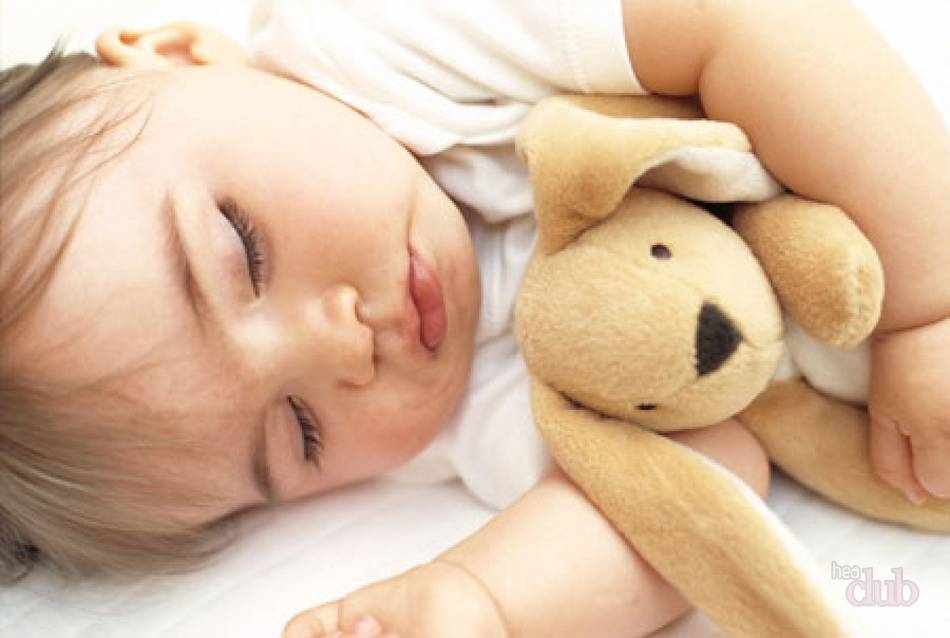 Бруксизм у детей часто наблюдается в период прорезывания зубов