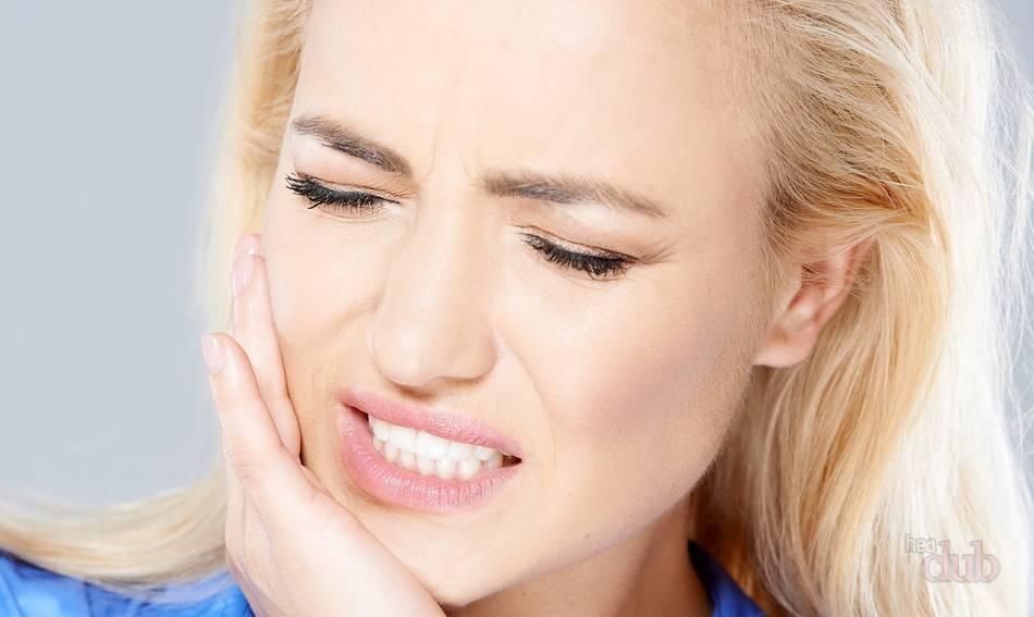 Боли в мышцах лица - одно из последствий бруксизма