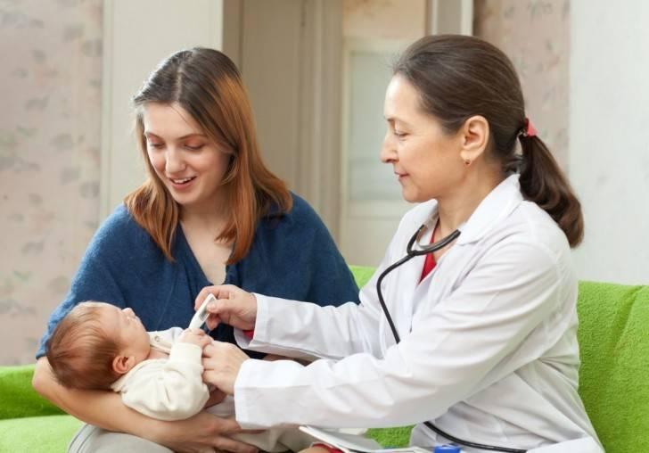 Малыш у врача