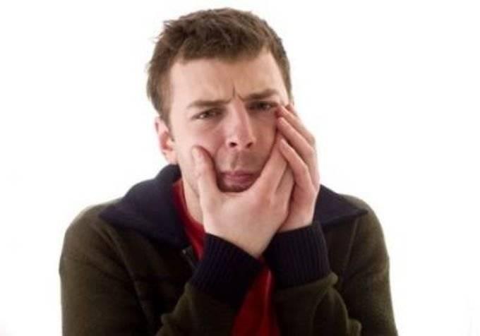 Если загноилась лунка после удаления зуба