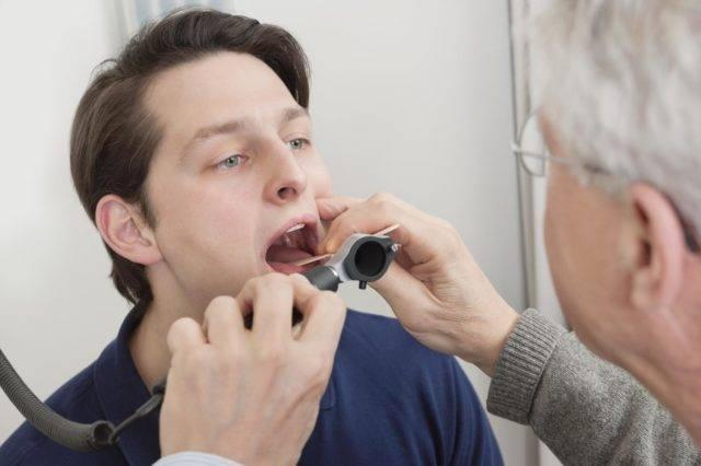 В некоторых случаях для скорейшего излечения используются физиотерапевтические процедуры, например, флюктуоризация или УВЧ-терапия