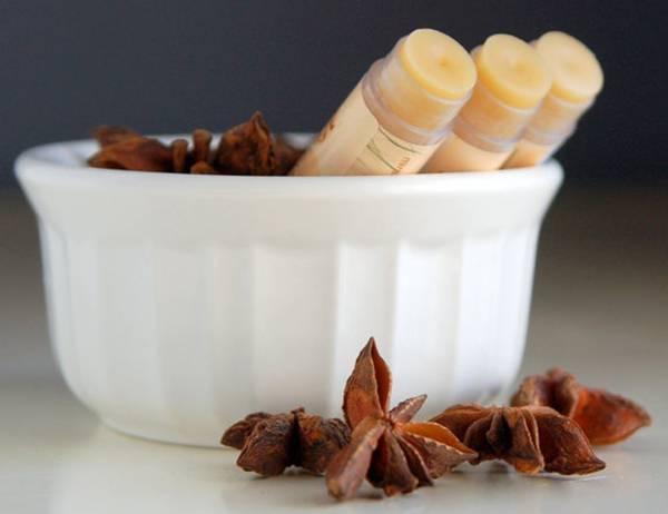 Эфирное масло аниса в колбочках