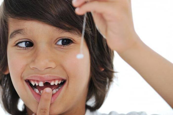 почему крошатся зубы у взрослых