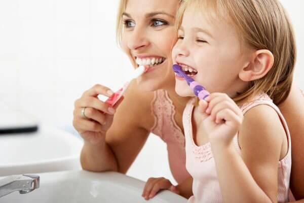 как поступить родителям при выпадении молочных зубов