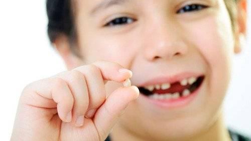 Как меняются молочные зубы