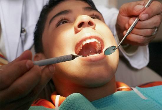 Правильный учет всех симптомов и зондирование кариозной полости обычно дают стоматологу достаточную информацию для постановки правильного диагноза.