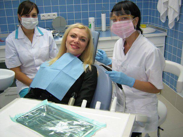 лечение зубов после удаления зуба