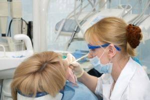 Пломбированный зуб болит