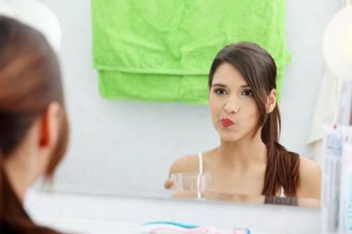 Как правильно полоскать рот содой и солью и какие пропорции выбрать